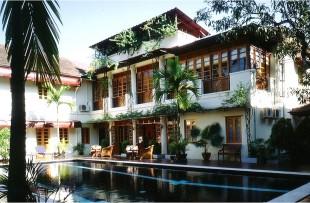 Yangon-Savoy1
