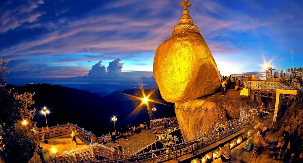 Kyaikhteeyo Pagoda (Golden Rock), Myanmar