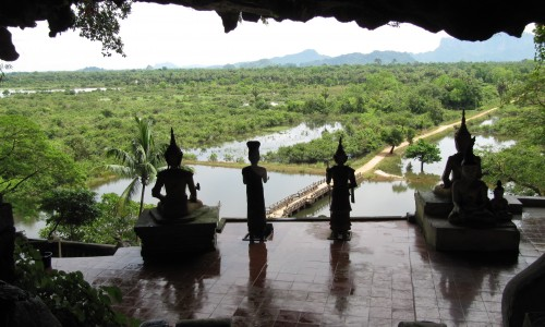 Hpa An Caves : Burma Holiday Architects