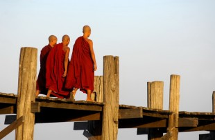 _u_bein_bridge_in_amarapura